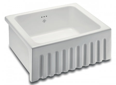 Shaws SO0600010WH fireclay sink