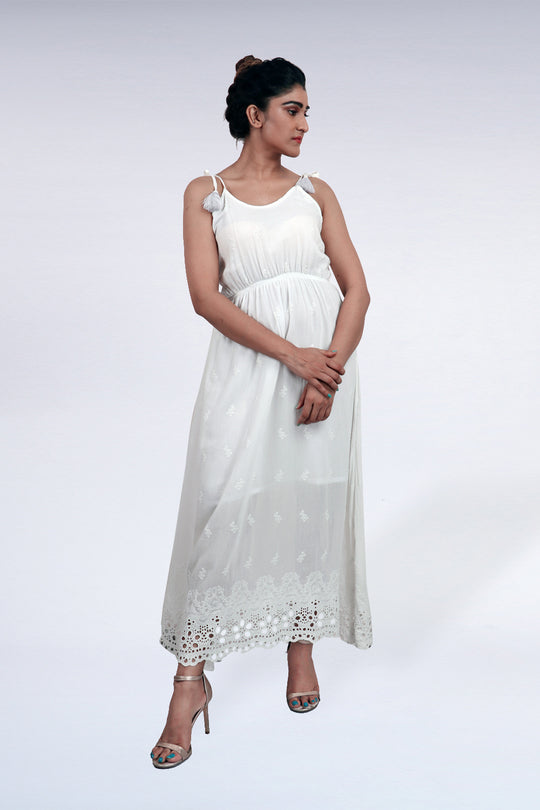 EMBROIDERED TIE KNOTT DRESS