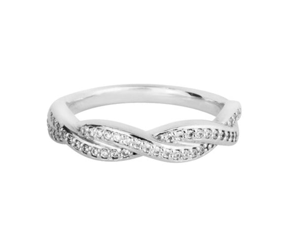 18ct white gold Diamond infinity wedding ring