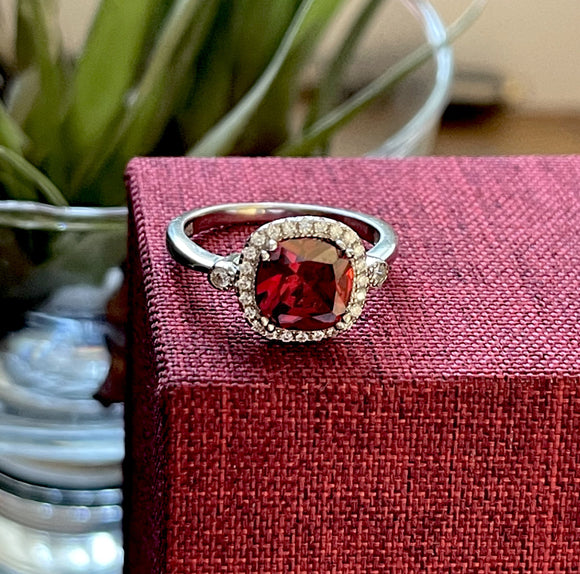 Red sterling silver and Cz Dress ring
