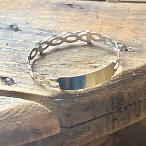 Kids bangle / baby bangle sterling silver with engraving plate