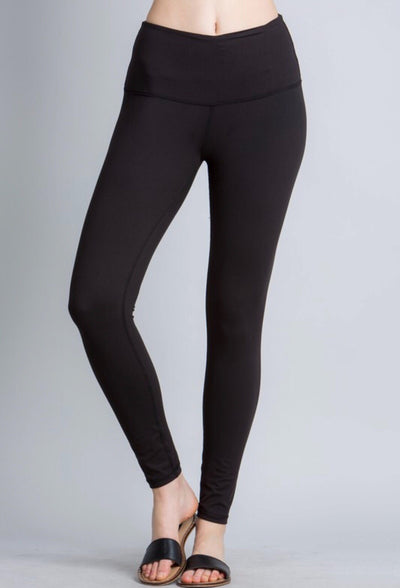 Best Capris Ever- Black with pockets!