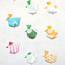 Load image into Gallery viewer, Chickens on a string / Påskmobil