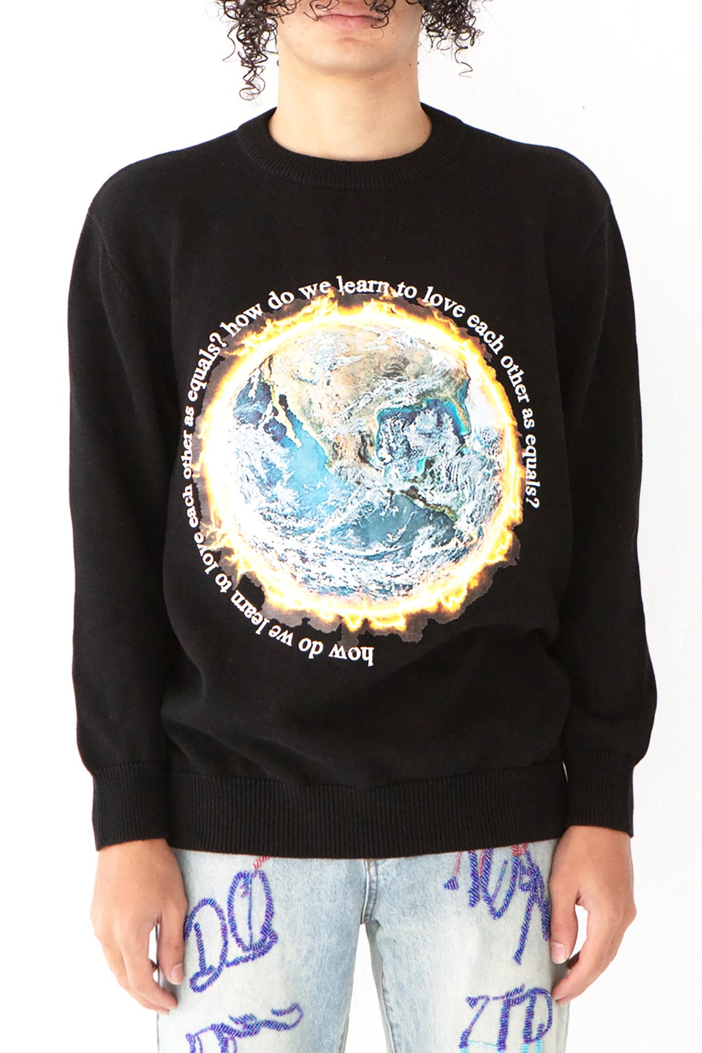 AS EQUALS KNIT CREWNECK