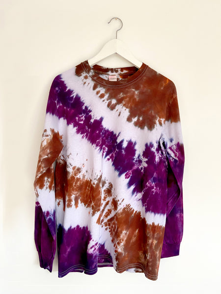 Tie-dye Skater tee in Trendy Purple