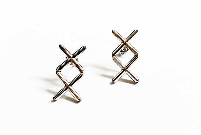 XX Earrings Light