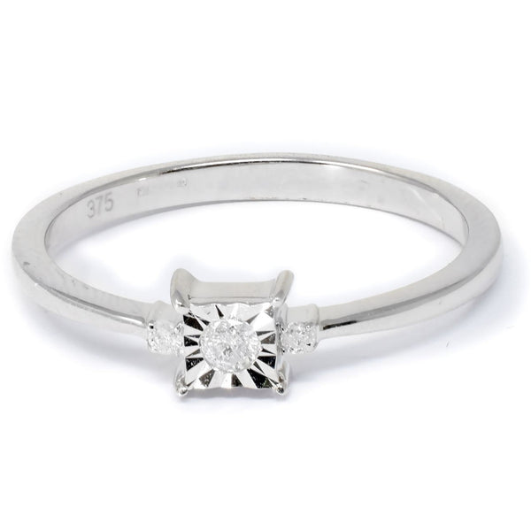 ROUND PRINCESS CUT ILLUSION SETTING 3 STONE WHITE GOLD  0.10CT DIAMOND RING - G&S Diamonds