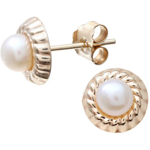 Pearl Earrings in 9ct Yellow Gold