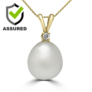 Pearl and Diamond Pendant with yellow gold chain
