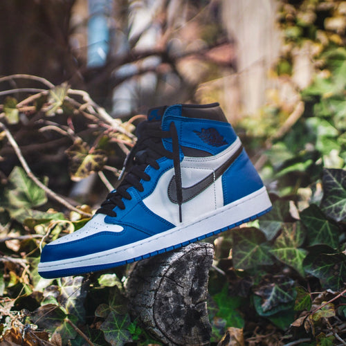 Nike Mens High Top in Blue