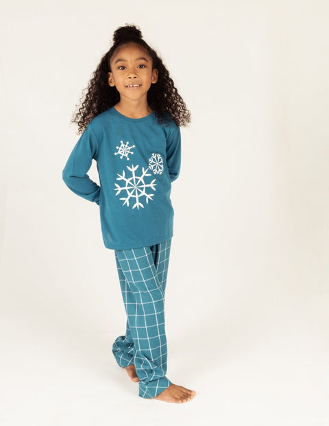 Kids Snowflake Flannel Set