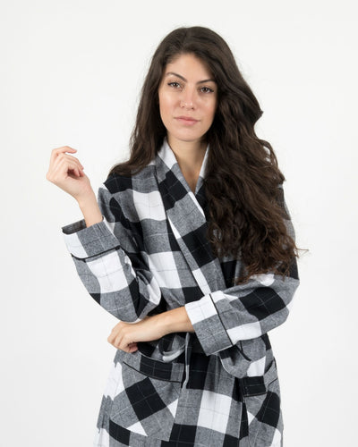Womens Black & White Plaid Flannel Robe