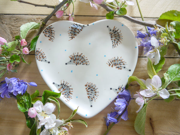 hector hedgehog small heart plate