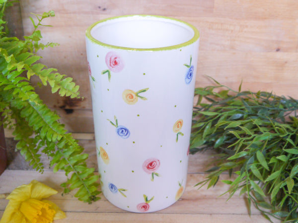 country cottage roses straight vase