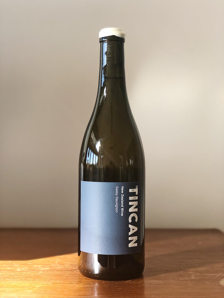 Load image into Gallery viewer, 2017 Tincan Sassy Sauvignon Blanc
