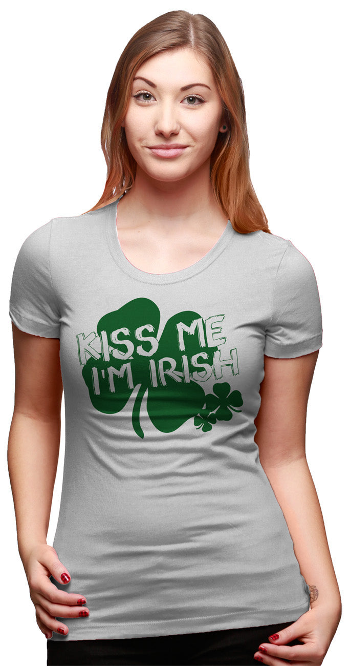Womens Kiss Me I'm Irish T Shirt Funny Womens St Patricks Day Shirt