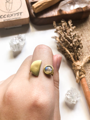 D'Moon Labradorite Brass Ring