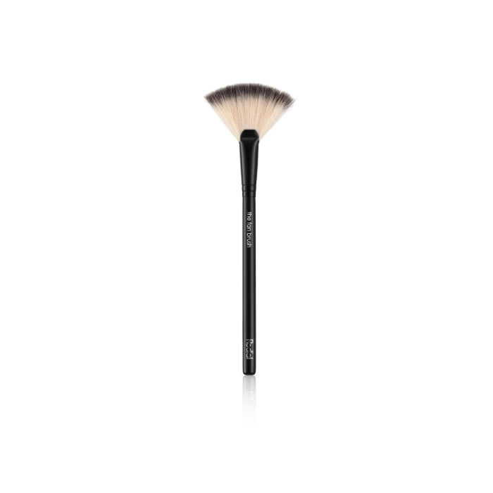 Rodial Fan Brush