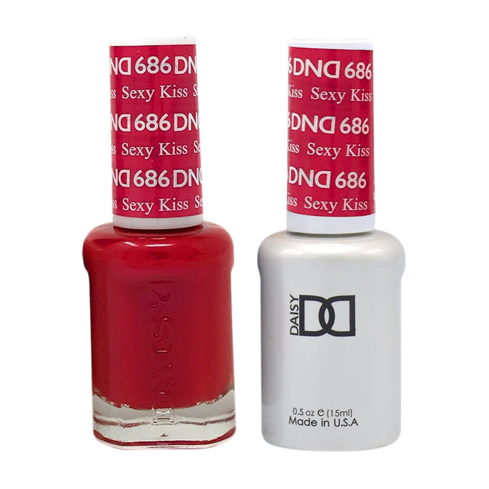 DND - Soak Off Gel Polish & Matching Nail Lacquer Set - #686 SEXY KISS