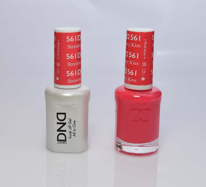 DND - Soak Off Gel Polish & Matching Nail Lacquer Set - #561 STRAWBERRY KISS