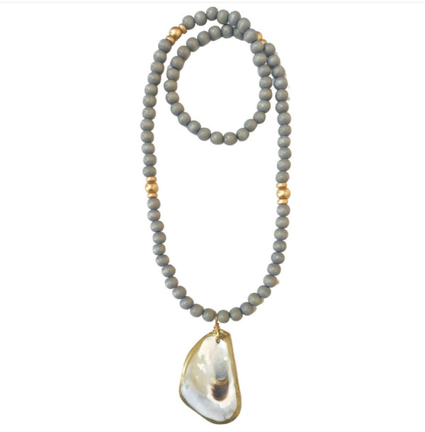 Oyster Shell Necklace - Gray