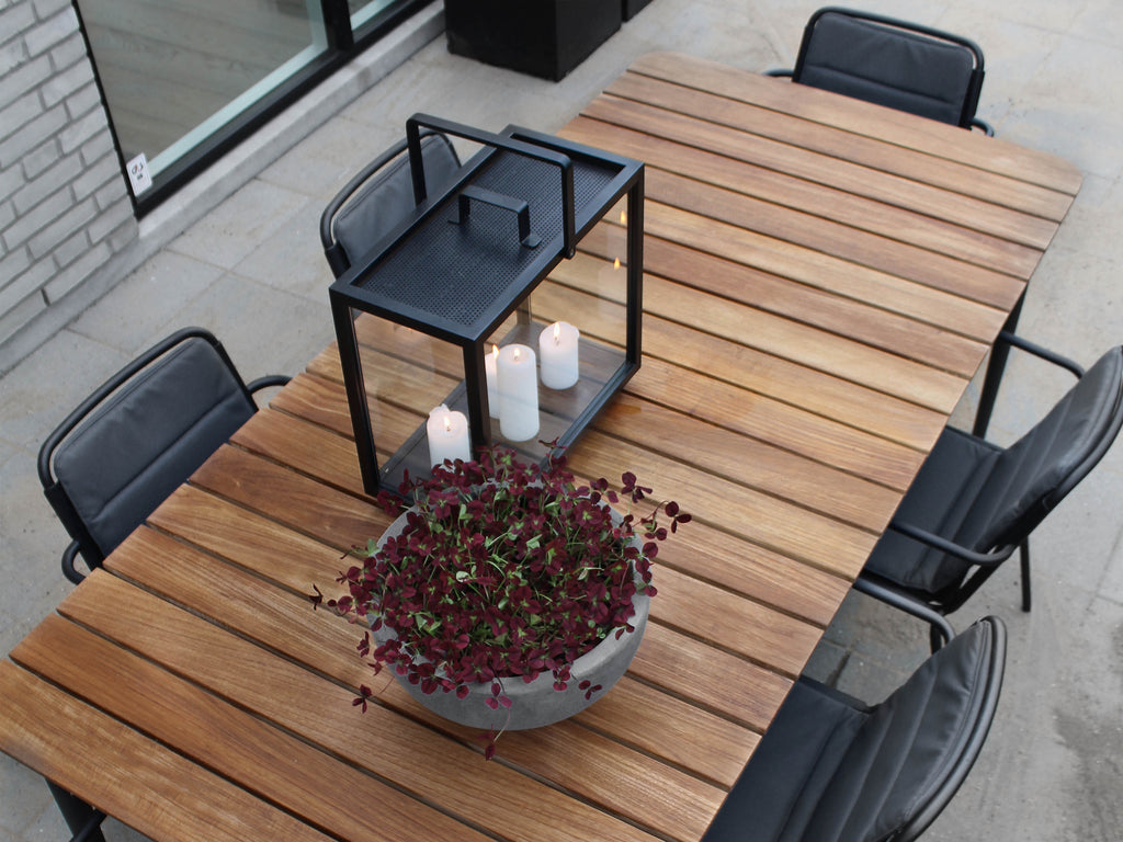 How to take care of your garden furniture during autumn and winter
