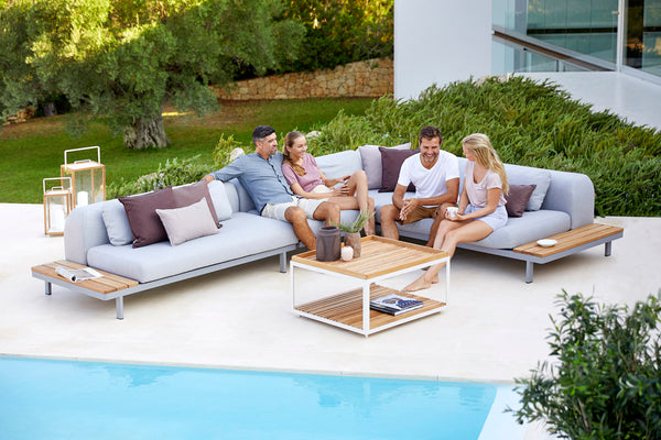 Modern outdoor lounge sofa