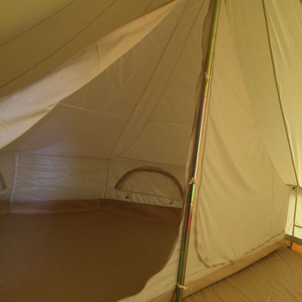 Polycotton fabric inner pods for use with glawning canvas awnings. The glawning is a luxury driveaway canvas bell tent awning.