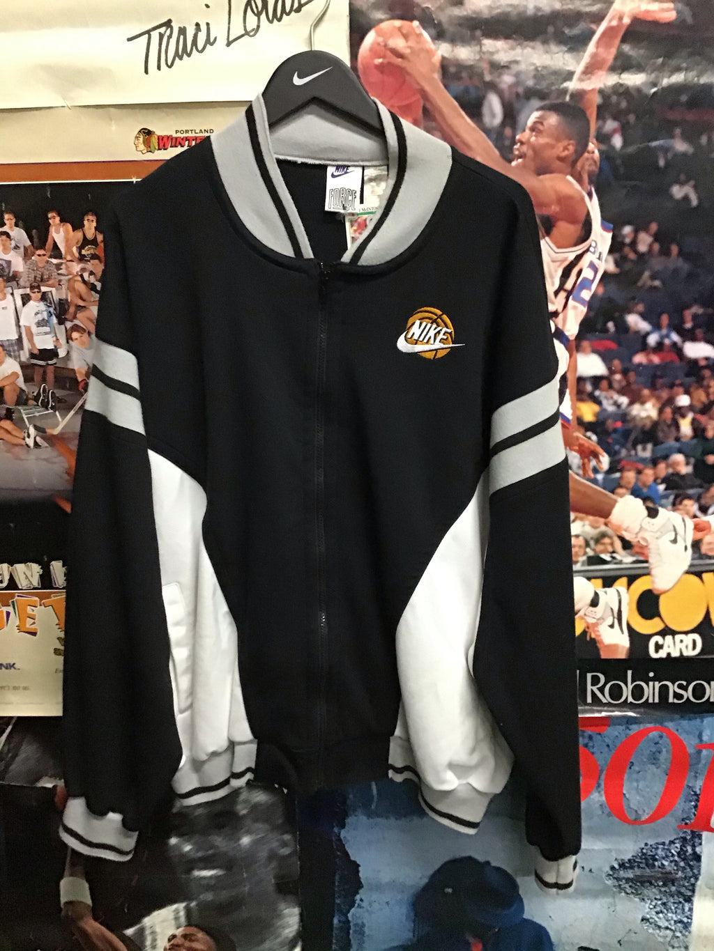 Nike Force Varsity Jacket XL - Decades of dope