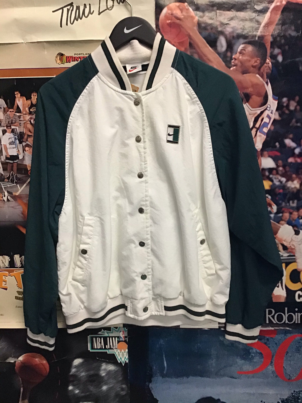 Nike Challenge Court Jacket Medium - Decades of dope