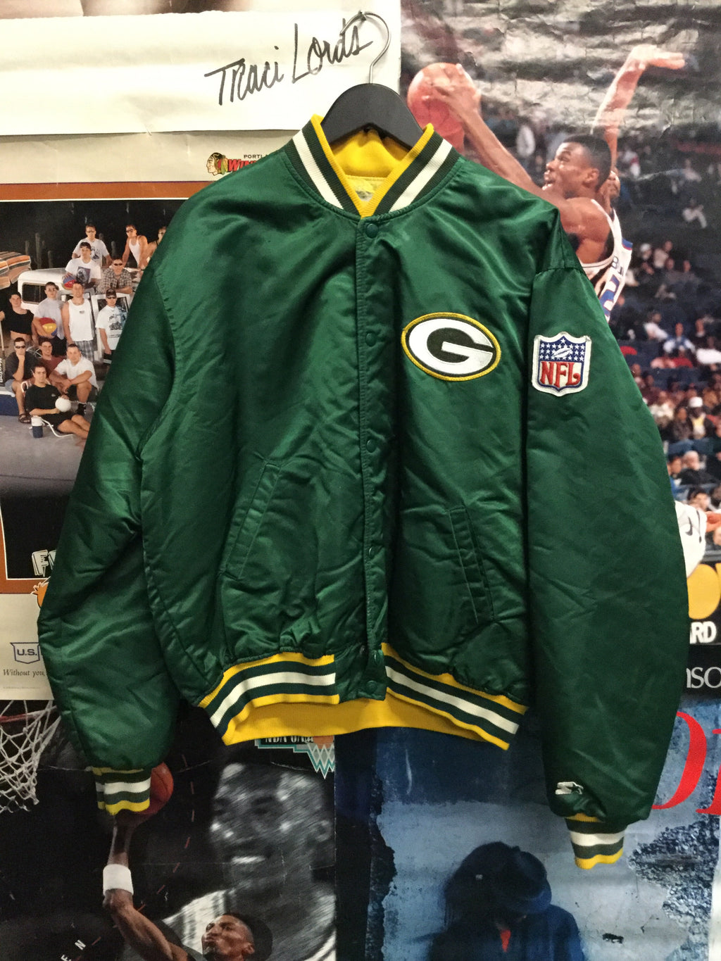 Starter Green Bay Packers Satin Jacket - Decades of dope