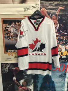 Nike Team Canada Jersey XL - Decades of dope