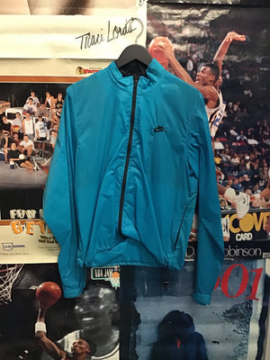 Nike Echelon Windbreaker Medium - Decades of dope