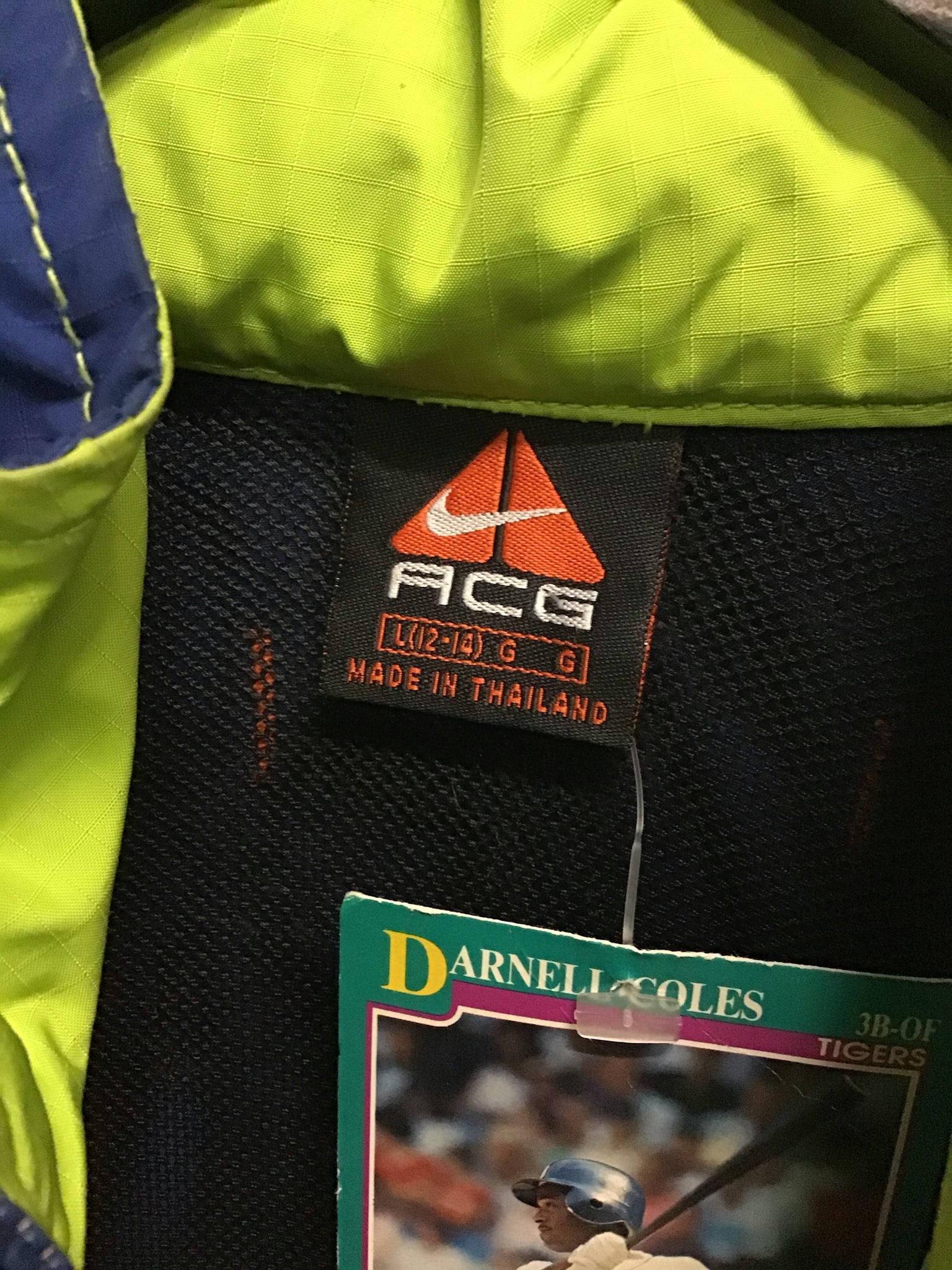 Nike ACG Jacket Large - Decades of dope