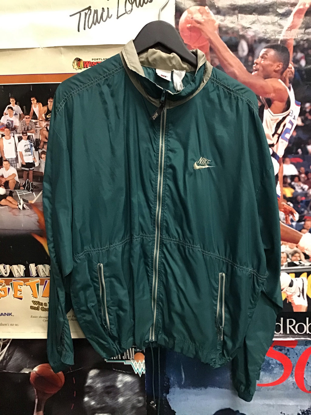 Nike Windbreaker Medium - Decades of dope