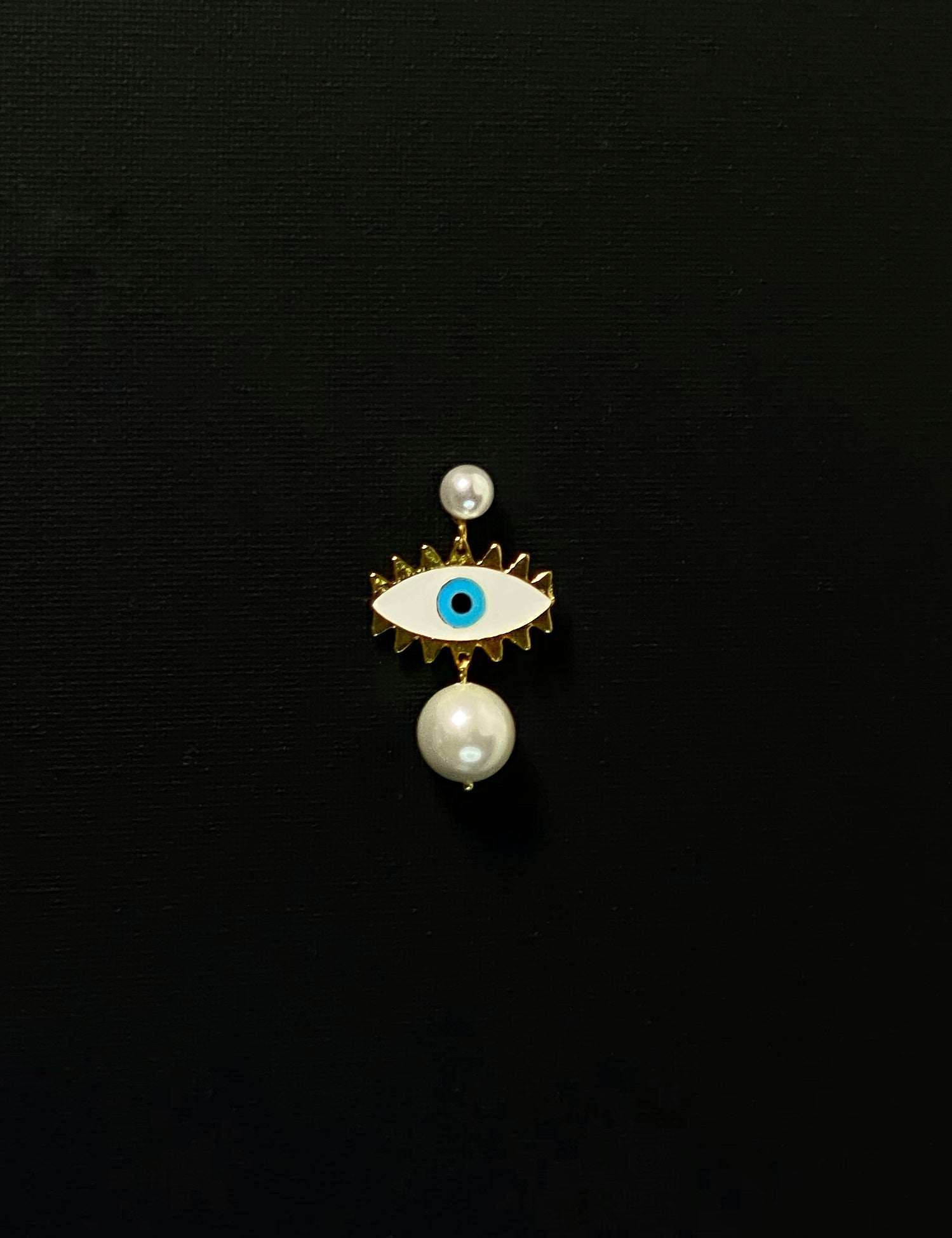 "White ""Angel Eye"" Pearl Earrings"