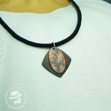 Load image into Gallery viewer, Layered Copper oak leaf necklace