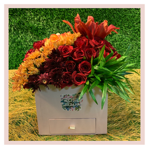 Flower Box gifting bouquet gift flowers Rose Bazaar Karuturi