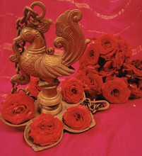 Load image into Gallery viewer, Roses Puja or Pooja from Rose Bazaar farm fresh flowers