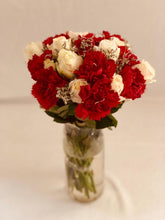 Load image into Gallery viewer, Bouquet flowers gifiting home decor farm fresh Rose Bazaar Karuturi