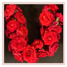 Load image into Gallery viewer, Roses Puja or Pooja garland from Rose Bazaar farm fresh flowers