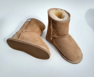 Kelly Childs Ugg