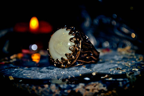 HAUNTED NEW YORK GHOST Spirit Ring Guilded Coven Knights Templar Paranormal Ancient Paranormal Energy Metaphysical Paradigm Shifts! Brings Power of ESP, Clairvoyance, Psychic Ability! Size 8.5