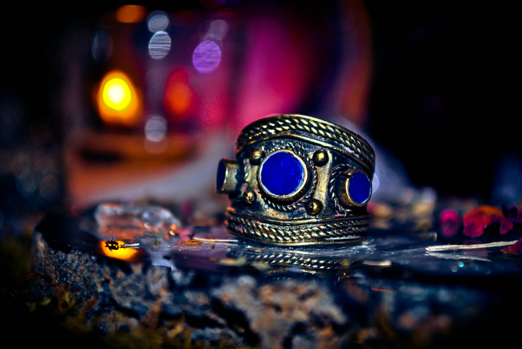 ** 3 QUEEN DJINN ** Haunted Secret Society Djinn Ring Occult Warlock's Templar Masonic *** Seraphim Devata 7th Realm Heal Your Soul, Open Your 3rd Eye, Karma * WEALTH $$$