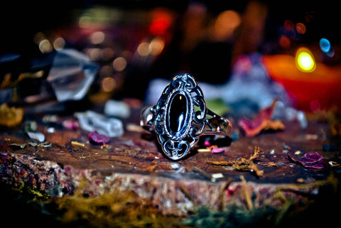 **OCCULT** Samhain Gateway Call of the Shadows Ring! SPEAK to the Dead & Conjure Raw Energy! Gain Wealth & Wisdom! Necromancy + 3rd Eye ~ .925! * SACRED!