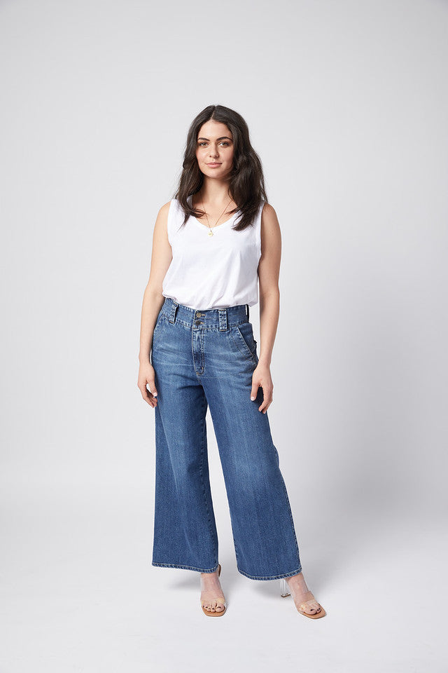 Zoe Jean. Rigid. Vintage Wash.