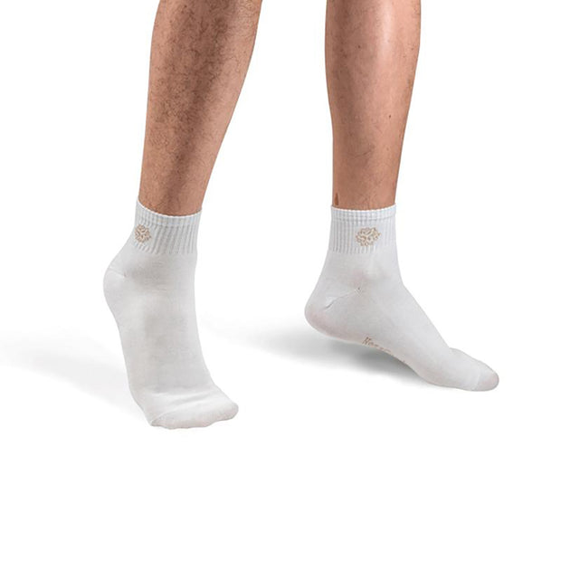 NessSocks™ 6-Pack Men's Bamboo Fiber Antibacterial Athletic Socks (M) - White