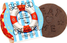 Load image into Gallery viewer, Anandas salted caramel round up vegan wagon wheel