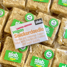 Load image into Gallery viewer, Vegan snickerdoodle fudge