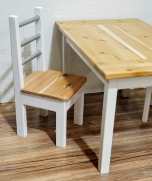 Kids Rustic Farmhouse Table Set